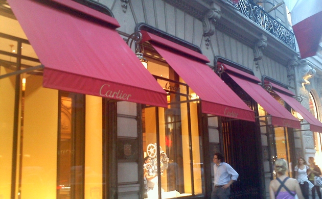 Our Illuminated And Non Lit Commercial Awnings In Chicago The Surrounding Area Are Made Using Highest Quality Materials Available Industry